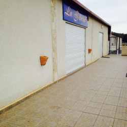Location Local commercial Six-Fours-les-Plages 220 m²