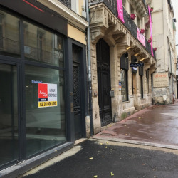 Location Local commercial Rouen 58 m²