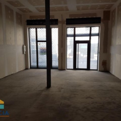 Location Local commercial Béziers 65 m²