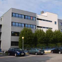Location Bureau Besançon 61 m²