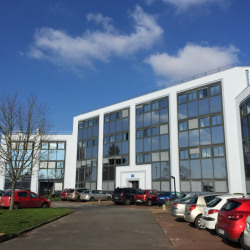 Location Bureau Bouguenais 1122 m²