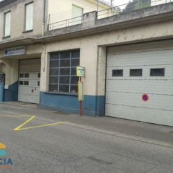 Location Local commercial Saint-Sauveur-de-Montagut 419 m²