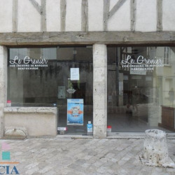 Location Local commercial Blois 66 m²