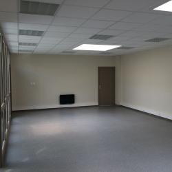 Location Bureau Bierne 653 m²
