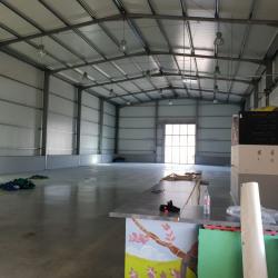 Location Local commercial Sainte-Eulalie 750 m²