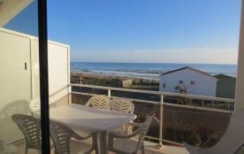 Appartement à l'étage avec balcon vue mer dans petite résidence de vacances – quartier calme,