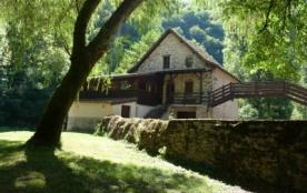 Moulin 4* grand confort au bord de l'Aveyron - Mayran