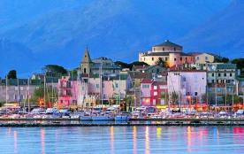 St Florent et son port