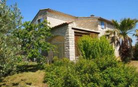 Villa neuve en pierre avec Piscine, Terrain et Salle de Jeux