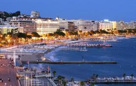 Cannes Alpes maritimes appartement dans propriété prestigieuse.