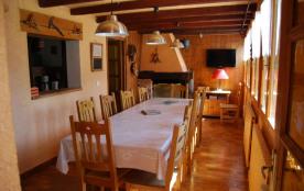Salle à manger avec cheminée