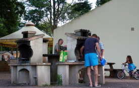 Camping Domaine de Brehadour - Mh 2ch 5 pers + Terrasse