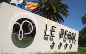Le Pearl Village Club, vous séduira par son ambiance familiale et ses activités pour petits et gr...