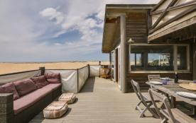 Superbe villa d'architecte sur la plage, à Seignos