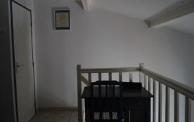 accès mezzanine avec wc haut