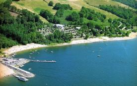 Camping Sites et Paysages BEAU-RIVAGE DU LAC DE PARELOUP, 80 emplacements, 17 locatifs