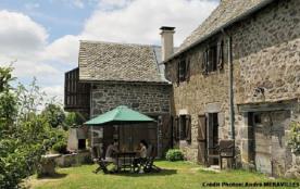 La maison - Maison authentique situé sur le plateau de l'Aubrac restaurée, coquette et confortabl...