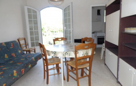 Locations vacances : appartement 6 couchages proche plage et commerces.