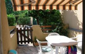 Location saisonnière : studio terrasse 4 couchages proximité plage.