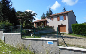 Maison indépendante près des rives de la Charente.