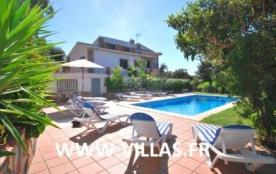 Villa CV Lar 2 - La villa « CV Lar 2 » est située dans une petite ville à côté de Lloret de Mar d...