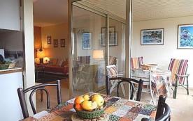 Antibes (06) - Ponteil- Résidence Les Sylphides. Appartement T2 – 49 m² environ - jusqu'à 4 perso...