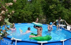 Nîmes 3 kms du centre-ville/campagne et ville à proximité/ maison/2 chambres/4 personnes/piscine privée hors-sol