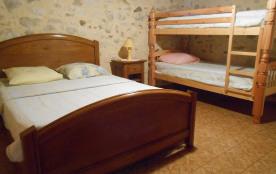 chambre 3 avec lit superposé.
