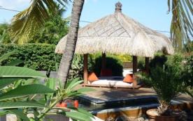 Andasama, villa créole avec piscine et jardin tropical, à 300m du lagon