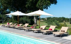Gîte 8 personnes dans le Gers, piscine et tennis