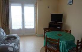 Appartement 2 pièces de 26 m² environ pour 4 personnes situé à deux pas des commerces, de la Gare...
