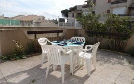Agréable 2 pièces cabine 4 couchages en rez-de-chaussée, dans une résidence avec piscine et patau...