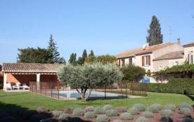 Le Mas de Bernard est une maison entièrement rénovée, sur 3600 m² de terrain privé avec grande te...