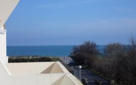 Agréable studio/cabine 4 couchages à 2 pas de la plage.