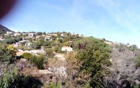 Vue sur les collines depuis la villa