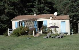 Gîtes de France A l'Orée du Bois - Au pied du Mont de Lachens (Altitude 1715 m) en bordure de for...