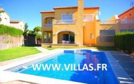 Villa DV PO - Récente villa confortable et moderne avec un équipement et une décoration agréable.
