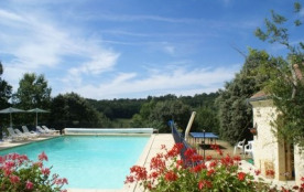 A SARLAT même, nature, calme, PISCINE chauffée - authentique chalet en madriers massifs - Sarlat-la-Canéda