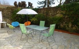 ROYAN FONCILLON: APPARTEMENT avec grande terrasse privative + STUDIO