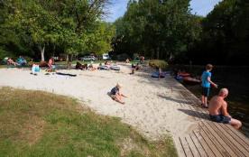 Camping Brantôme Peyrelevade, 137 emplacements, 23 locatifs