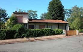 Villa architecte dans le parc d'un château 4-5 pers Tennis e Piscine à 5O met...