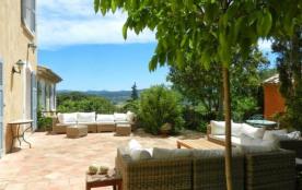 Villa Saint Martin est une ravissante maison de vacances située dans la région d'un village bien ...