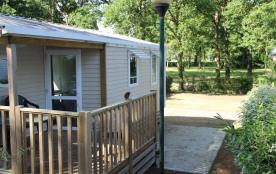 Le pêcheur 4 personnes (2 chambres) - Le camping 3 étoiles le Domaine de Pont-Mahé vous propose pour vos vacances de ...