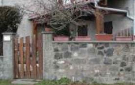 Joli studio de style campagnard, en bourdure de village et proximité de forêt et de chemins de randonnées - Mazaye