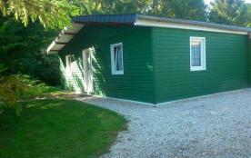 Gîte n°387 à Leffincourt - à 10 km de Vouziers. Chalet indépendant de plain-pied près d'une route...