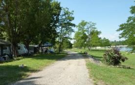 Camping LA CHAPOULIÈRE, 134 emplacements, 30 locatifs