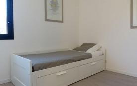 chambre 2 -lit simple / lit gigogne