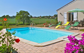 Périgord Vert, pavillon indépendant, jardin clos, piscine privée