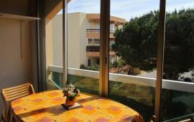 Appartement 2 pièces situé en plein cœur de la Favière à 250 mètres de la plage de la Favière.
