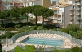 Cap d'Agde (34) - Quartier Port - Résidence Le Pharo. Appartement studio/cabine - 28 m² environ -...